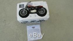 1972 Harley-Davidson XR750 110 famous US race motorcycle 8 in. Long with box COA