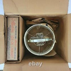 Aladdin B-400 Mantle Bracket Type Caboose Train Lamp Vintage 1950s Still In Box