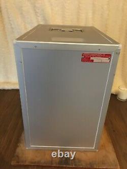 British Airway large INSULATED Galley Box. Cool/Hot Box. Boeing 747. First Class
