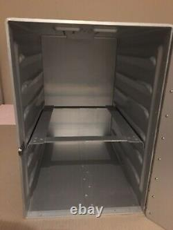 British Airways Full Galley Box. Equipment-Meal Airline-Boeing 747-First Class
