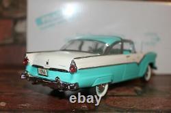 Danbury Mint 1/24 Scale 1956 Ford Crown Victoria Rare Sea Green In Box No Title