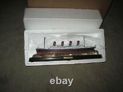 Danbury Mint THE TITANIC Replica In ORIGINAL Box, NEVER REMOVED NEW