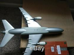 Delta Airlines L-1011 1100 Executive Series Plane model In Box L1011 1/100