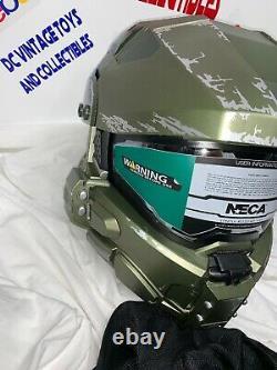 Halo MASTER CHIEF MOTORCYCLE HELMET Size Medium in Box Neca DOT Certified