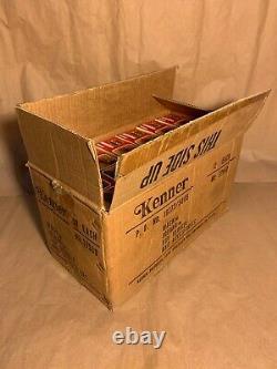 IGUANA TRANSPORTATION BOX INCLUDES 12 UNITS, M. A. S. K. Kenner