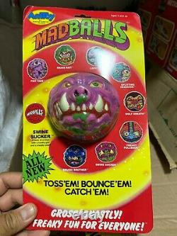 MADBALLS TRANSPORTATION BOX INCLUDES 24 UNITS, official products AMTOY