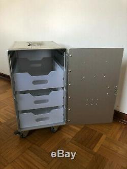 Neue XL Alu Box Unit NEU mit Rollen inkl. Schloss & 3 Laden / Flugzeugtrolley