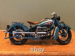 RARE COLOR DANBURY MINT 1939 INDIAN FOUR DIE CAST MOTORCYCLE -IN BOX -110 Scale