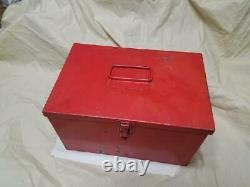 Vintage Teledyne Big Beam Flashing Electric Flare Kit Set of 3 with Metal Box