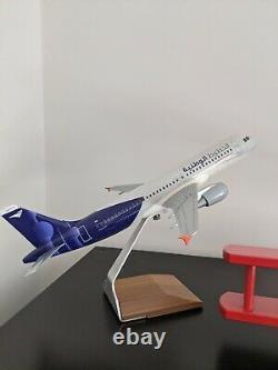 Wataniya Airways Airbus A320-200 Model (PacMin) (Brand New With Box)