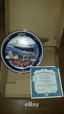 X4 Titanic themed limited edition collectable plates boxed